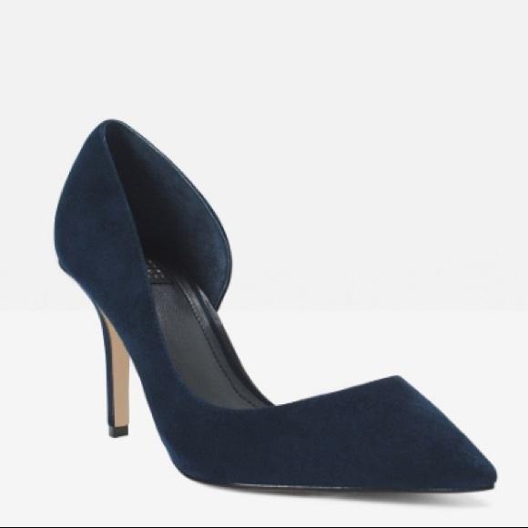 135964e95 White House Black Market Shoes
